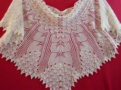 Famous apple tree scarf with five pikes apple tree top cloth and sheaf . Crochet Collar Pattern, Lace Knitting Patterns, Bead Loom Patterns, Lace Patterns, Crochet Shawls And Wraps, Knitted Shawls, Knit Fashion, Apple Tree, Radios