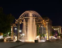 Riverfront Rotary Fountain, Riverfront Park, Spokane, Washington.