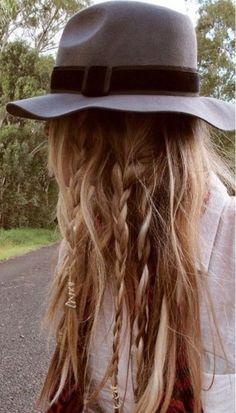 Las mejores ideas de peinados para llevar con sombrero #hat #hairstyle #peinados #sombrero