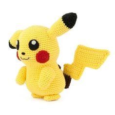 I had to crochet the most famous Pokemon of them all: Pikachu! Also think it's one of the cutest Pokemon. This amigurumi pattern is FREE. Crochet Pikachu, Pokemon Crochet Pattern, Crochet Patterns, Pikachu Pikachu, Crochet Pig, Make Your Own Pokemon, Crochet Fall, Universal Yarn, Cute Pokemon