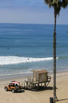 Surf city, San Clemente, California: photofile