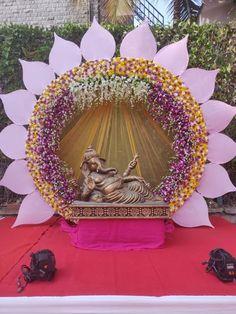 Ganpati Decoration Ideas Inspirational Pin by Balu On Bd In 2019 - Moyiki Sites Wedding Hall Decorations, Marriage Decoration, Diwali Decorations, Backdrop Decorations, Flower Decorations, Backdrops, Ganpati Decoration Design, Mandir Decoration, Ganapati Decoration