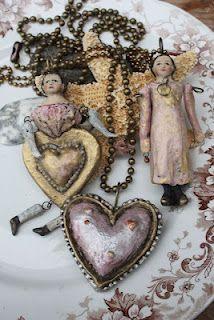 wonderful hearts & dolls