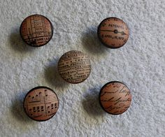Decoupage knobs.  The blogger gives instructions on how to create using wooden knobs.  She also gives suggestions for other uses for the knobs and what can be put on the knobs.  Great idea!