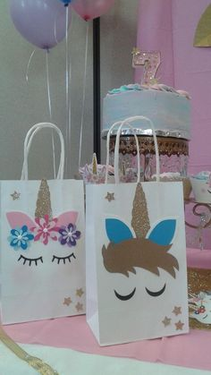 Birthday Party Themes For Girls Goodie Bags Ideas Party Unicorn, Unicorn Themed Birthday Party, Unicorn Birthday Parties, Birthday Party Themes, Birthday Ideas, Goodie Bags, Favor Bags, Party Bags, Party Favors