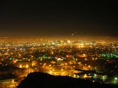 El Paso.... it's prettier at night and it's certainly grown since the first time I was there back in the 80's.
