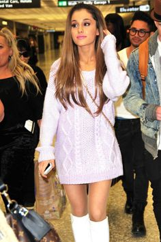 Ariana Grande rolls some leggy sweater hotness for the White House egg roll - Hollywood Gossip | MovieHotties.com