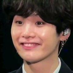 Jungkook Abs, Min Yoongi Bts, Min Suga, Twitter Video, Bts Video, Twitter Bts, Min Yoongi Wallpaper, Japanese Song, Bad Boy