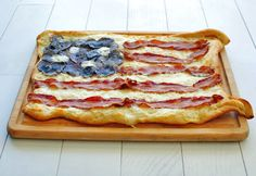 How to make an American Flag Pizza