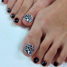 Sweet Animal Print On Your Toe Nails ❤ 30+ Incredible Toe Nail Designs for Your Perfect Feet ❤ See more ideas on our blog!! #naildesignsjournal #nails #nailart #naildesigns #toes #toenails #toenaildesigns #pedicure Pretty Toe Nails, Pretty Toes, Cute Nails, Pretty Nail Designs, Toe Nail Designs, Nails Design, Sassy Nails, Trendy Nails, Acrylic Toes