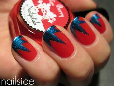 These are so wonder-woman! I can see this tape manicure working well with lots of other color combos.