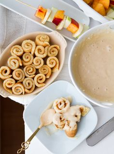 Kid friendly mini pancake cinnamon roll swirls #vegan