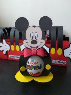 Baby Boy First Birthday, Mickey Mouse Birthday, Mickey Minnie Mouse, Fiesta Mickey Mouse, Mickey Party, Miki Mouse, First Birthday Photography, Diy Birthday Decorations, Family Birthdays