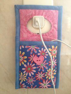 Porta carregador de celular, feito por Isol Patchwork