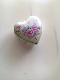 Vintage Jewelry Box Porcelain Lefton Heart by TheLittleThingsVin