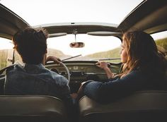 G tu seras ma droite Go surfing and writing in the world !G tu seras ma droite Go surfing and writing in the world ! Couple In Car, Indie Couple, Travel Couple, Couple Goals, Couple Fun, Foto Portrait, Photo Couple, Couple Aesthetic, My Favorite Image