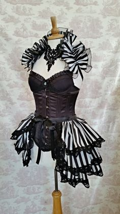 Carnival Burlesque Bustle Skirt and Shrug by GothicBurlesque