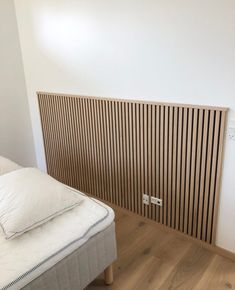 WoodUpp is innovative do-it-yourself wood wall panels, wooden slatwall & sliding doors, developed so you can mount a wooden wall easily without screws. Wood Slat Wall, Wooden Wall Panels, Wood Panel Walls, Diy Wall Panel, Wooden Slats, Home Bedroom, Bedroom Wall, Bedroom Decor, Home Room Design