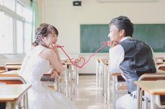 あの頃から ずっとずっと 赤い糸で結ばれてた んですよね   青春  新婦さんが言ってました  最初は #片想い  だったって   そんなふたりが いろんなこと 乗り越えて 結婚するなんて   ステキ   #高校生 #放課後#学校 #プレ花嫁 #日本中のプレ花嫁さんと繋がりたい #結婚式準備 #ドレス試着 #前撮り#ウェディングフォト#ロケーションフォト#ウェディングドレス #farny_brides#卒花 #2018春婚#プロポーズ#ウェディングソムリエアンバサダー#東海プレ花嫁#東京カメラ