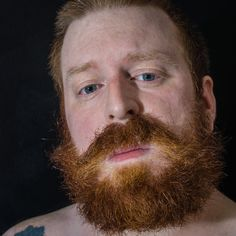 the crazy beard Crazy Beard, Big Blue Eyes, How Beautiful, Beards, Redheads, Red Heads, Ginger Hair, Red Hair, Man Beard