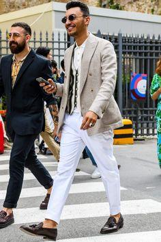 ニットポロとジレの組み合わせで洒脱なテーラードジャケットスタイルに Tailored Jacket, Suit Jacket, Rock Style Men, Men's Style, White Pants Outfit, Cocktail Wear, White Suits, Discount Clothing, Mens Fashion