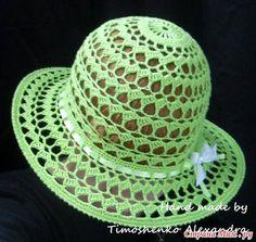 Meraviglioso cappello estivo all'uncinetto.