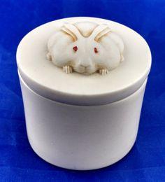 Round rabbit miniature box, 1986, composite resins by tlgvintageart on Etsy
