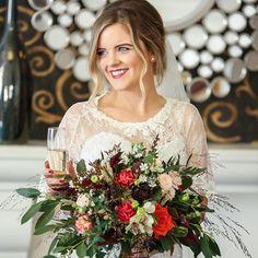 Sinead's amazing autumn #bridalbouquet by Dominic Dunne Photography #autumnwedding  #weddingflowers #irishwedding #irishflorist #bloomsdayflowers