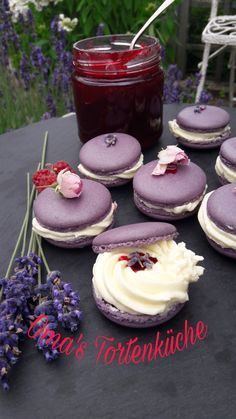 Macarons, Cheesecake, Desserts, Food, Pies, Backen, Tailgate Desserts, Meal, Cheese Cakes