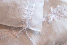 Royal Baby gifts from Italian tradition - Swide White Crib Bedding, Custom Baby Bedding, Baby Bedding Sets, Linen Bedding, Duvet, Bed Linens, Handmade Design, Handmade Baby, Cheap Bed Linen