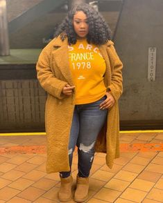 Stylish Plus-Size Fashion Ideas – Designer Fashion Tips Thick Girl Fashion, Plus Size Fashion For Women, Black Women Fashion, Curvy Fashion, Womens Fashion, Fashion Edgy, Cheap Fashion, High Fashion, The Grinch