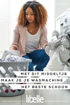 Met dit middeltje maak je je wasmachine het beste schoon. #wasmachine #schoonmaken #lifehack Clean Your Washing Machine, Plate, Green Cleaning, Home Hacks, Housekeeping, Cleaning Hacks, Slim, Listerine, Ideas