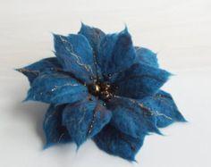 ON SALE-Felted Flower Brooch, Hair Clip, Wool Felt Jewelry,Dark Rurquoise Flower