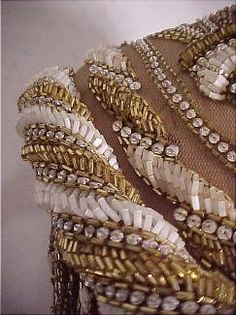 mackieyolandayokex Tambour Embroidery, Couture Embroidery, Beaded Embroidery, Hand Embroidery, Embroidery Designs, Beads Clothes, Textiles, Lesage, Fabric Manipulation