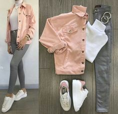 White turtle neck, grey jeans, pink denim jacket and white superstars. Teen Fashion Outfits, Mode Outfits, Jean Outfits, School Outfits, Outfits For Teens, Stylish Outfits, Pink Outfits, Grey Jeans Outfit, Pink Denim Jacket