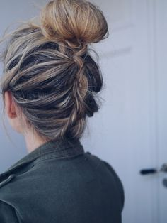 Romantic Hairstyles, Messy Hairstyles, Pretty Hairstyles, Night Hairstyles, Hairstyle Ideas, Hair Knot, Cool Braids, Good Hair Day, Gorgeous Hair
