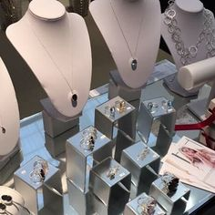 Almost time for the Spirit of Christmas.. see us at stand C63  #beauty #jewellery #gold #natural #diamonds #natural #wedding #bridal #london #dubai #christmas