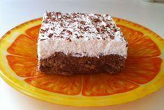 Ένα πανάλαφρο και πεντανόστιμο γλυκό που θα σας ενθουσιάσει. Μια συνταγή για ένα γρήγορο γλυκό ψυγείου που θα σας γίνει συνήθεια...