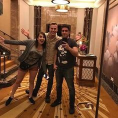 Rolling into Shanghai Disney's Club 33 with @sarahsnitch and @mrleozombie !  #disney #club33 #shanghaidisneyland #china #shanghai #shanghaidisney #disneyland #disneyworld #friends #fun #food #adventure #walkin #noreservations #exclusive