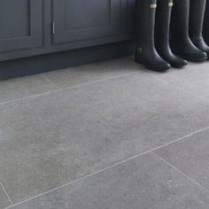 This wonderful, authentic-looking, high-definition porcelain tile is inspired by classic English limestone. The collection, with four colourways and three formats is perfect for walls and floors in both classic and modern interiors, and represents outstanding value for money. Tip: Due... Read more