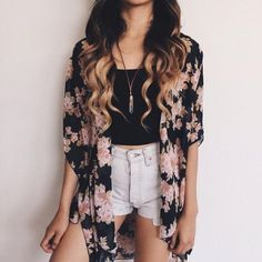 32 Sensational Boho Summer Fashion Ideas that Are on Fleek The bohemian look is too alluring to be shunned. Stun the crowd and challenge the heat with some of the irresistible Boho summer fashion ideas given below. Girls Fashion Clothes, Teen Fashion Outfits, Girly Outfits, Cute Casual Outfits, Short Outfits, Stylish Outfits, Teenage Outfits, Fashion Ideas, Fashion Shorts