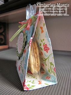Teabag & Cookies Pouch.  Video Tutorial. Making this for the teachers end of year present! ;)