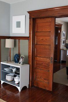 The Lovely Side: Old House Inspiration: Unpainted Wood Trim Natural Wood Trim, Dark Wood Trim, Natural Wood Decor, Grey Wood, Natural Light, Stained Wood Trim, Farmhouse Trim, Painting Trim, Interior Trim