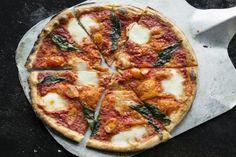 Recept: eiwitrijke pizza- Menshealth.nl