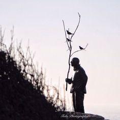 """ Sculpture by the Sea 2014 Sculpture:Men playing with birds Artists:Wang Shugang,China Location : Bondi to Tamaramb Coastal Walk Sydney """