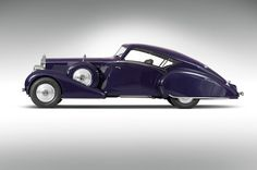 1937 Rolls Royce Phantom III Aero Coupe. Has a feel of the Talbot-Lagos, the Bugatti Atlantic but with less fluid motion. Magnificent none the less.  Jayde Deverson