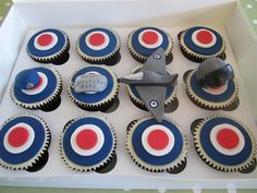 RAF cupcakes, via Flickr.