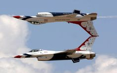 A great aerobatics display by the US Air Force. Aerobatics is the practice of flying maneuvers involving aircraft attitudes that are not used in normal fligh. F22, Fighter Aircraft, Fighter Jets, Airplane Fighter, F 16 Falcon, Air Force Academy, Us Military, Blue Angels, Us Air Force