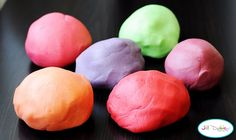 Non-cook koolaid playdough recipe