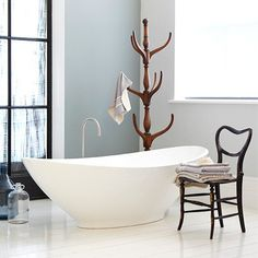 All white bathroom, free standing bath #bathroombeauties